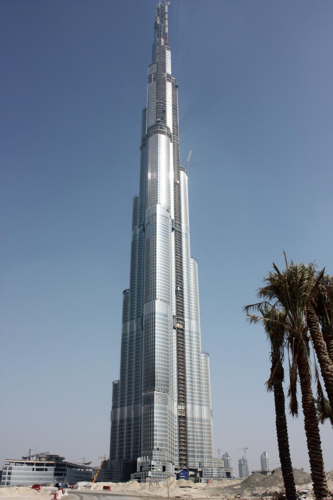 Burj dubai top of the earth equilibrium - Dubai grattacielo piu alto ...